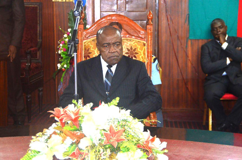 Ministre des sports et de l'éducation physique: M. Pierre Ismaël BIDOUNG KPWATT
